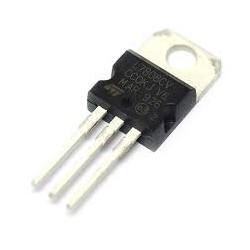 Regulador L7808